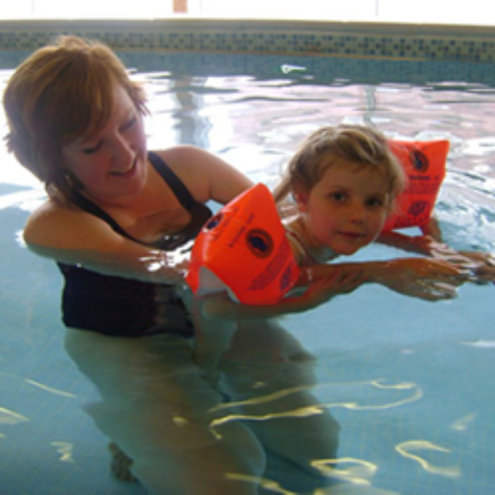 Manor Mead Gets Experia Sensory Pool System